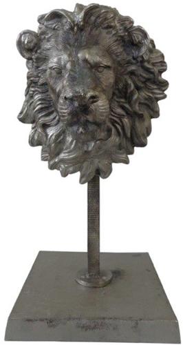 leeuwenkop op standaard