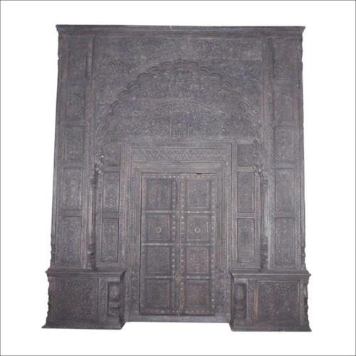 Wooden Door With Arch 458x392x49
